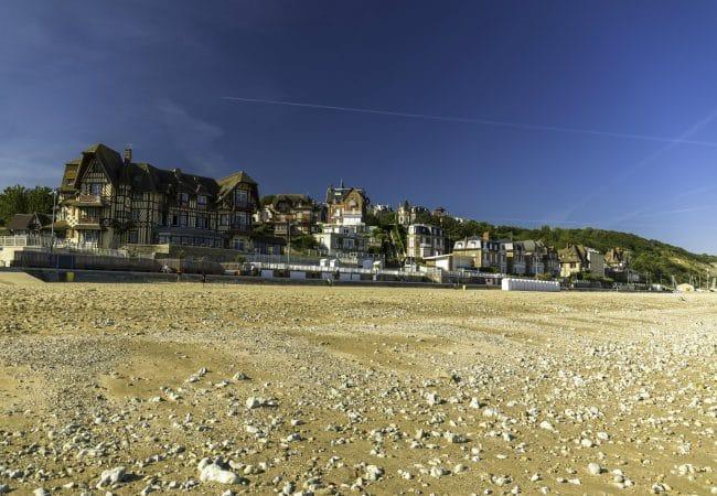 la plage de Villers-sur -mer et ses villas anglos normades