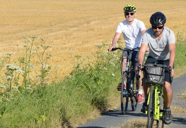 Accompanied cycling tours