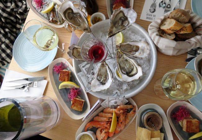 Fruits de mer, huîtres et crevettes au restaurant Le Vivier